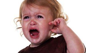 Почему ребенок плачет 4